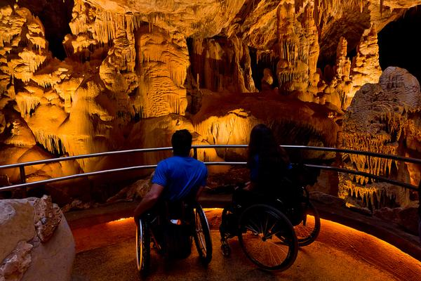 Accessible tours Kartchner Caverns
