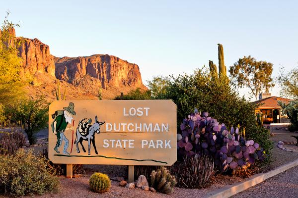 Lost Dutchman Park Entrance