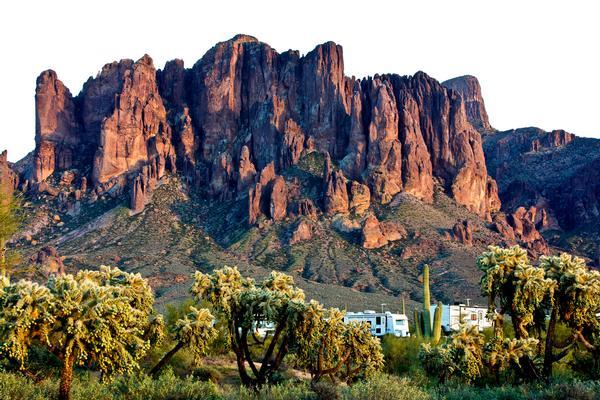 Camping in Arizona: Lost Dutchman